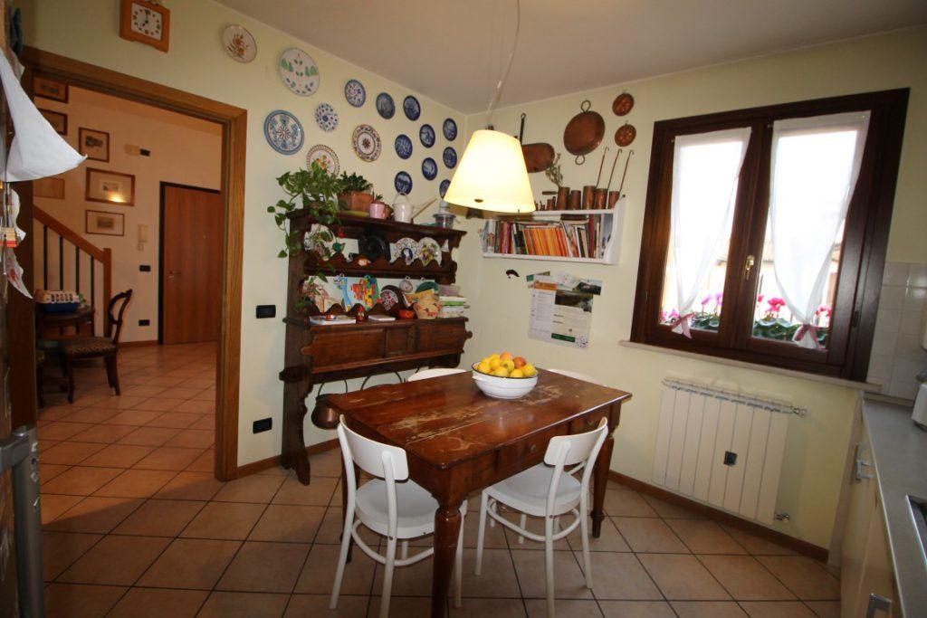 cucina appartamento concordia sagittaria